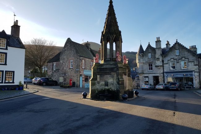 outlander square falkland scotland