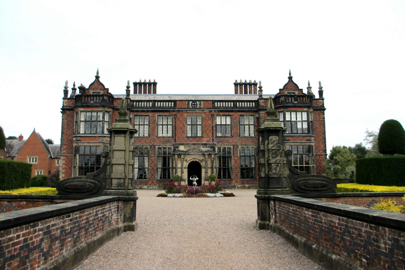 Peaky Blinders Mansion Exclusive Use